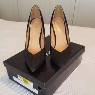 De Louvre Black Pumps Size 40