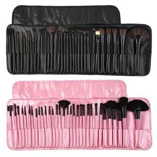 32pcs Of Makeup Brush