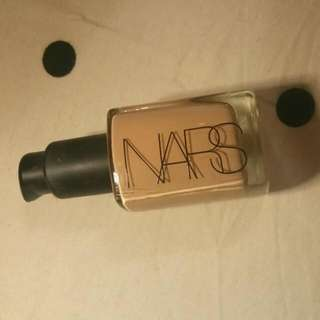 NARS Sheer Glow Foundation In 'Punjab' *WITH PUMP*