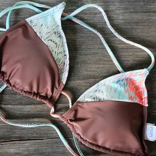 Bikini Top (Sassa)