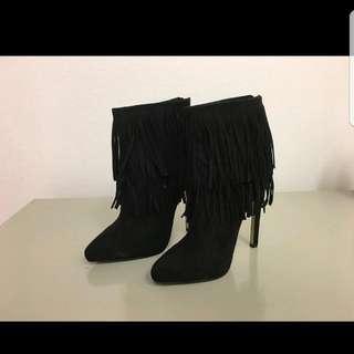 zara 流蘇麂皮高跟短靴