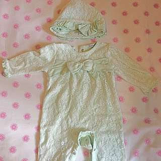 Victoria Style Baby Girls Jumpsuit N Hat