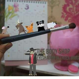 The Body Shop : Eyeshadow Blender Brush