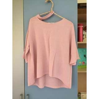 粉色繞頸上衣