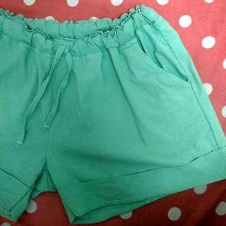 果綠色抽繩反折短褲#免購物直接送