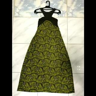 Elegant Green Maxi Dress