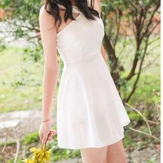 削肩白色連身裙 小禮服 洋裝#畢業大出清