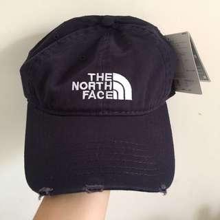 The North Face 藏藍色老帽