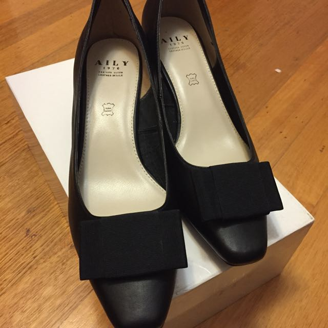 Aily Leather Pumps Sz 38