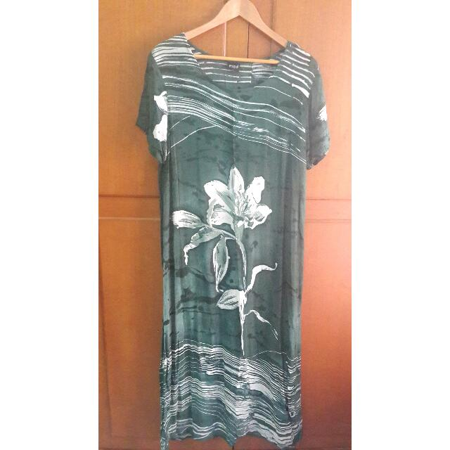 Animal Green Dress