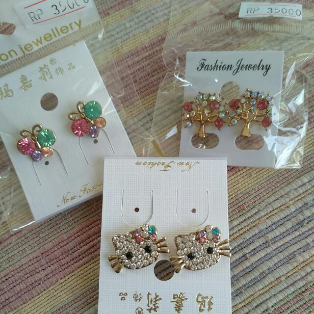 Earings Hello Kitty, Butterfly, Pink Trees