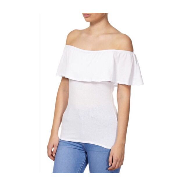 7750d45f85af1c Cotton On White Off Shoulder Top, Women's Fashion, Clothes, Tops on  Carousell