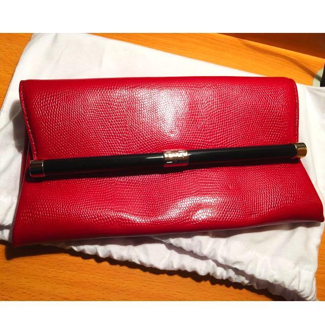 Diane von Furstenberg 440 Envelope Clutch with Lizard Embossing