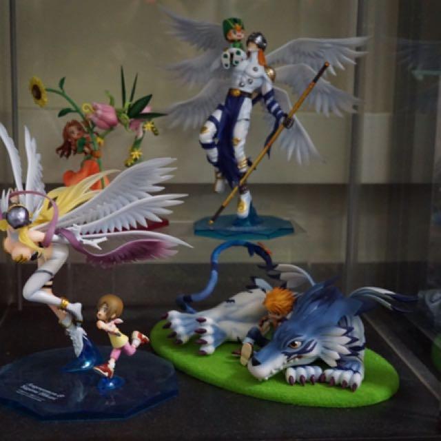 Digimon megahouse