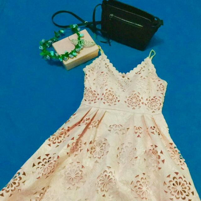 Dress Floral Pattern