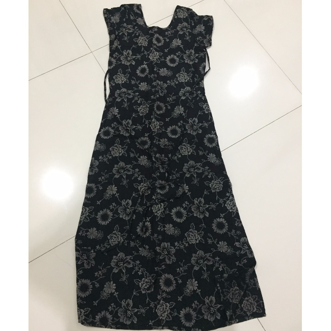 dress panjang motif bunga