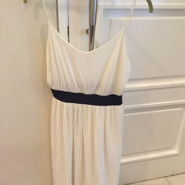 Dress Putih Baru 1x Dipake