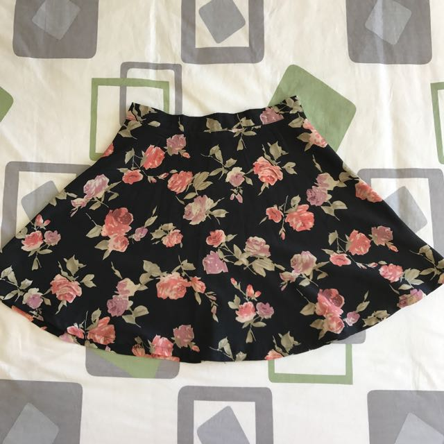 Missguided Floral Mini Skirt
