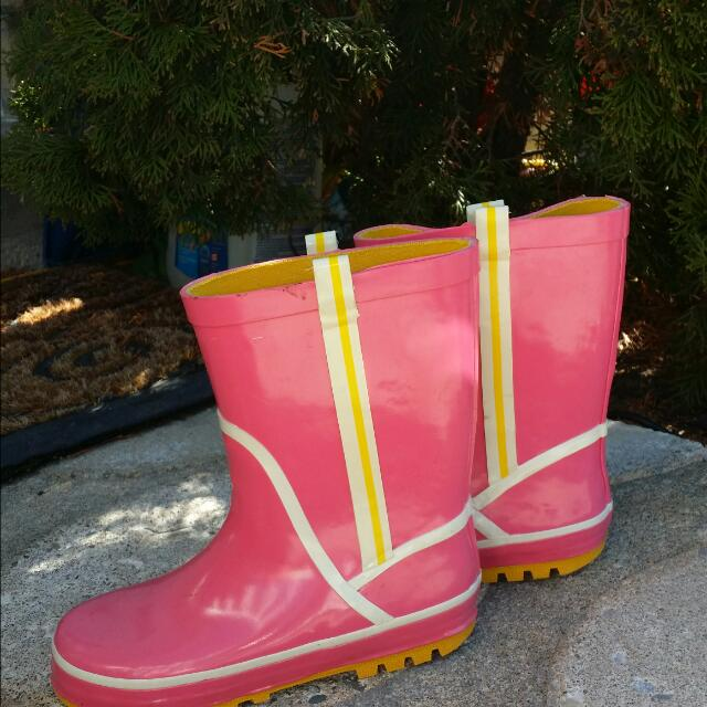 Girls Pink Rubber Boots S13