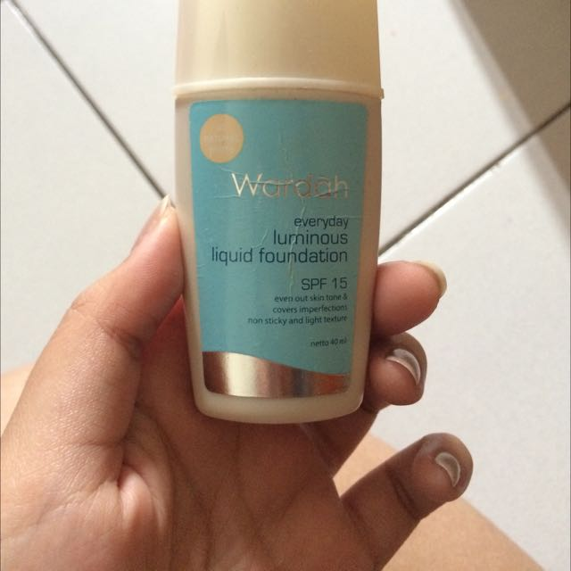 Luminous Foundation Wardah