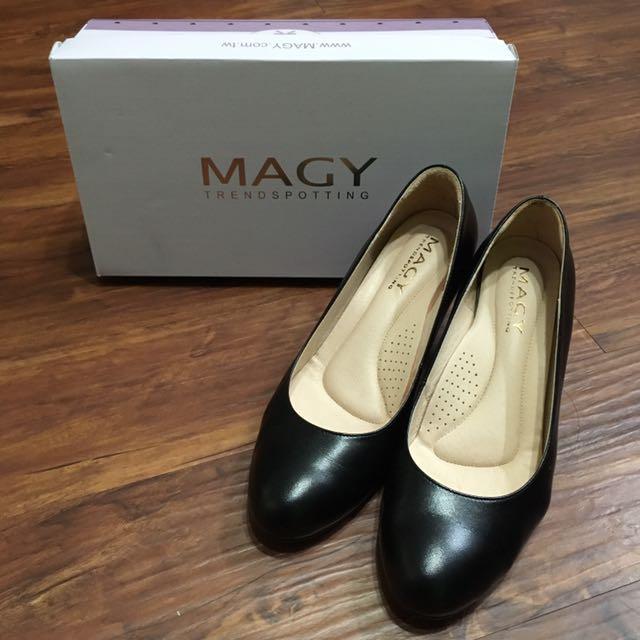 [二手]MAGY黑色素面高跟鞋