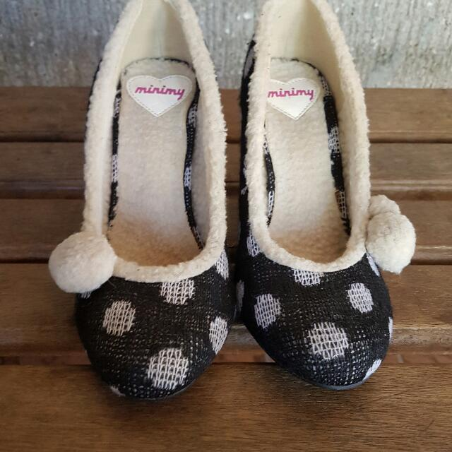 Minimy shoes from Japan