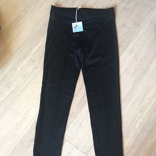"Onzie ""mesh tuxedo"" black leggings (brand new with tag, S/M size) - yoga / pilates / activewear"