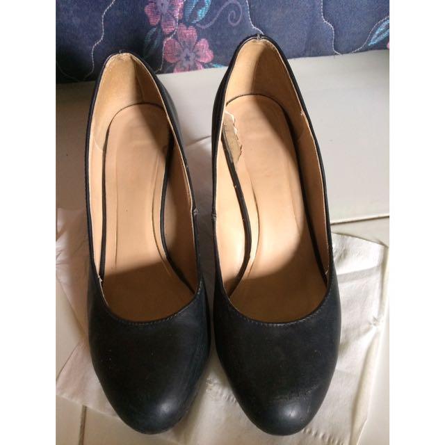 Sepatu kantor fladeo black