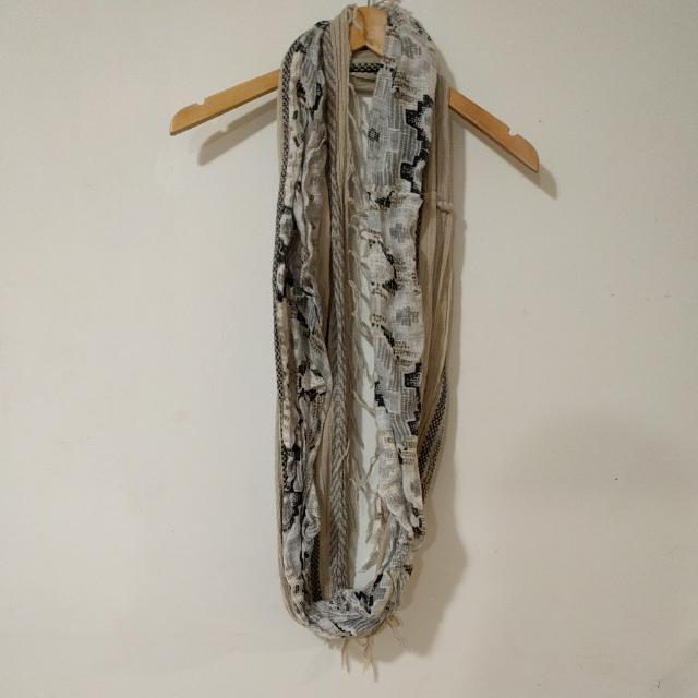 Target Infinity Scarf
