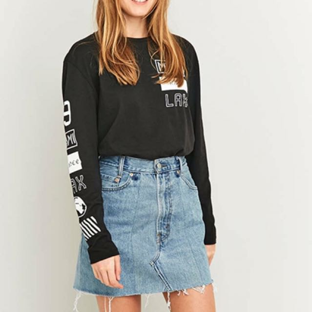 a927e13d1a Urban Outfitters - Urban Renewal Authentic Levis distressed skirt, Women's  Fashion, Clothes, Dresses & Skirts on Carousell