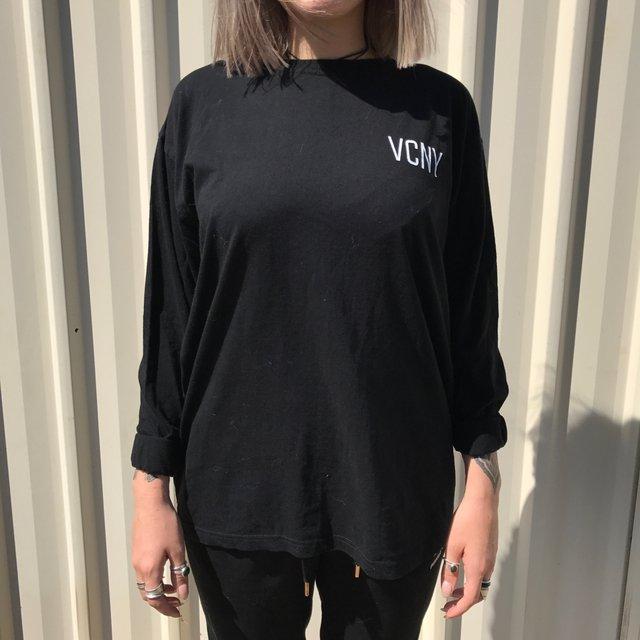 VCNY long sleeve tshirt