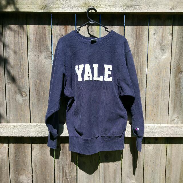 Vintage Champion YALE Sweatshirt