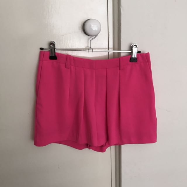 PRICE DROP! Witchery Shorts Size 4