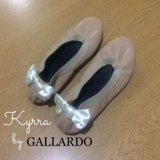 Flat Ballet Shoes Like With Class Designs