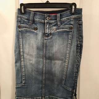 Guess 90s Jean Skirt