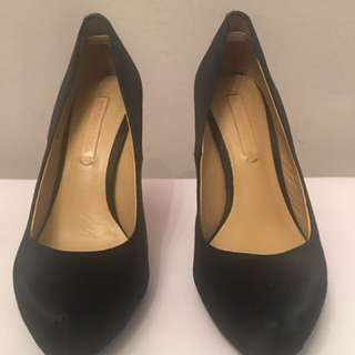 BCBGMAXAZRIA Black Satin Shoes Size 7