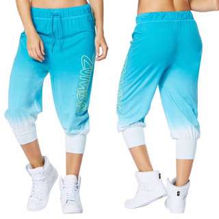 Preloved Zumba Get Faded Baggy Blue Capris Sz S