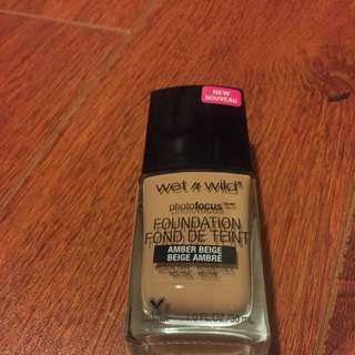 Wet n Wild Photofocus Foundation - Amber Beige