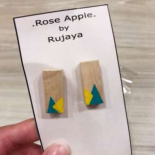 泰國設計師耳環 木頭