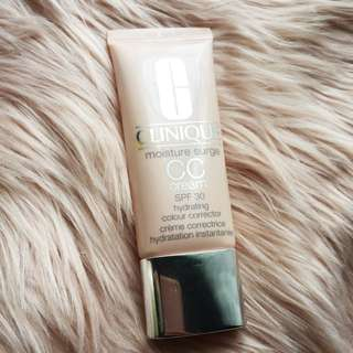 Clinique CC Cream Moisture Surge Light Medium