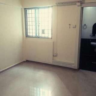 Non Furnished Master Bedroom With Bathroom For Rent Jurong East St 24