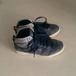 [FREE ONGKIR] CROCODILE Shoes For Kids (Preloved)