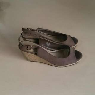 COMFORT PLUS Shoes (Preloved)