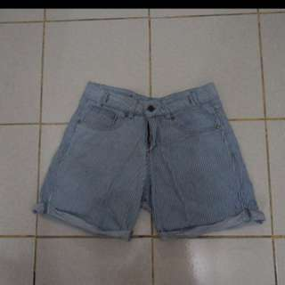 Highwaist Short/ Jeans / Celana Pendek