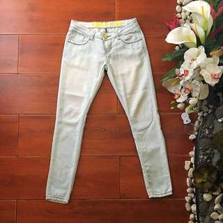 Crissa Super Skinny Light Wash Jeans