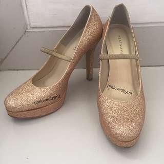 HEATWAVE Golden Heels