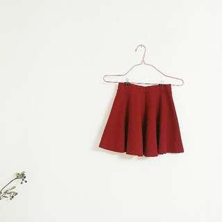 ✌棗紅色短裙