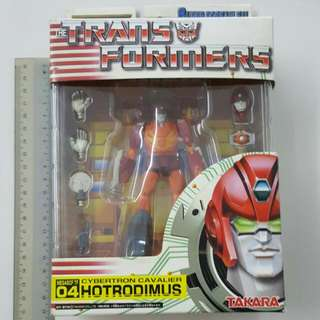 TRANSFORMERS TOY.