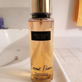 Victoria Secret Coconut Fragnance Mist