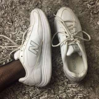 New Balance Solid White